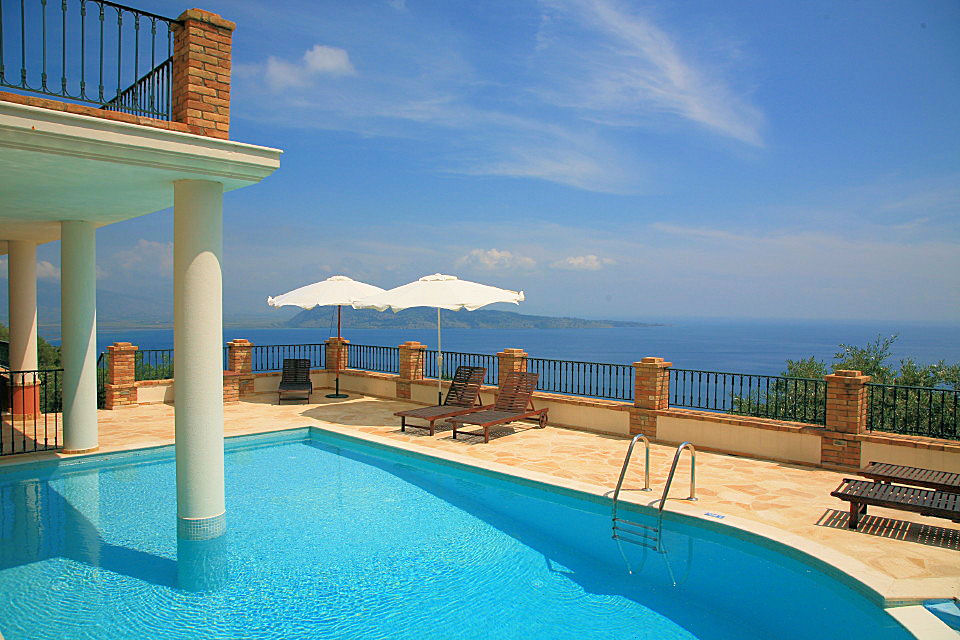 Greek Island Villas (Image 7 of 10)