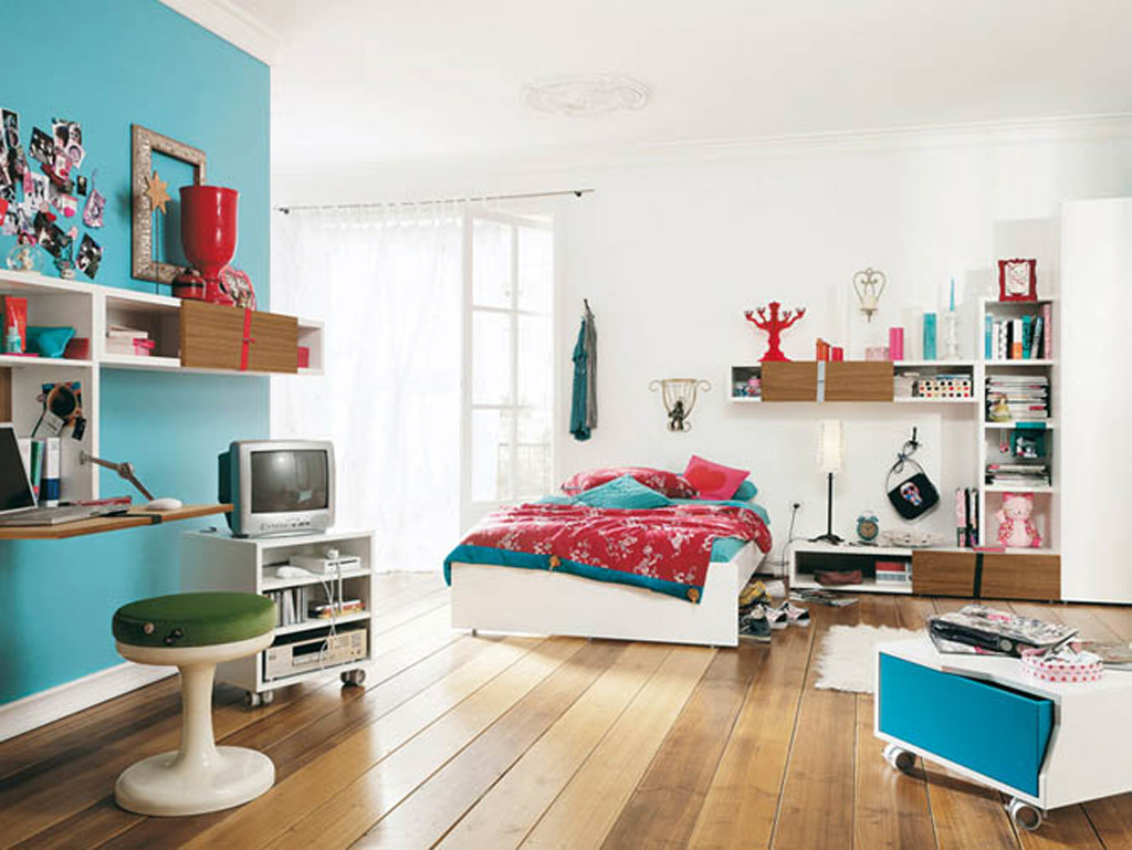 IKEA Kids Playful Paint Colors for Small Bedrooms