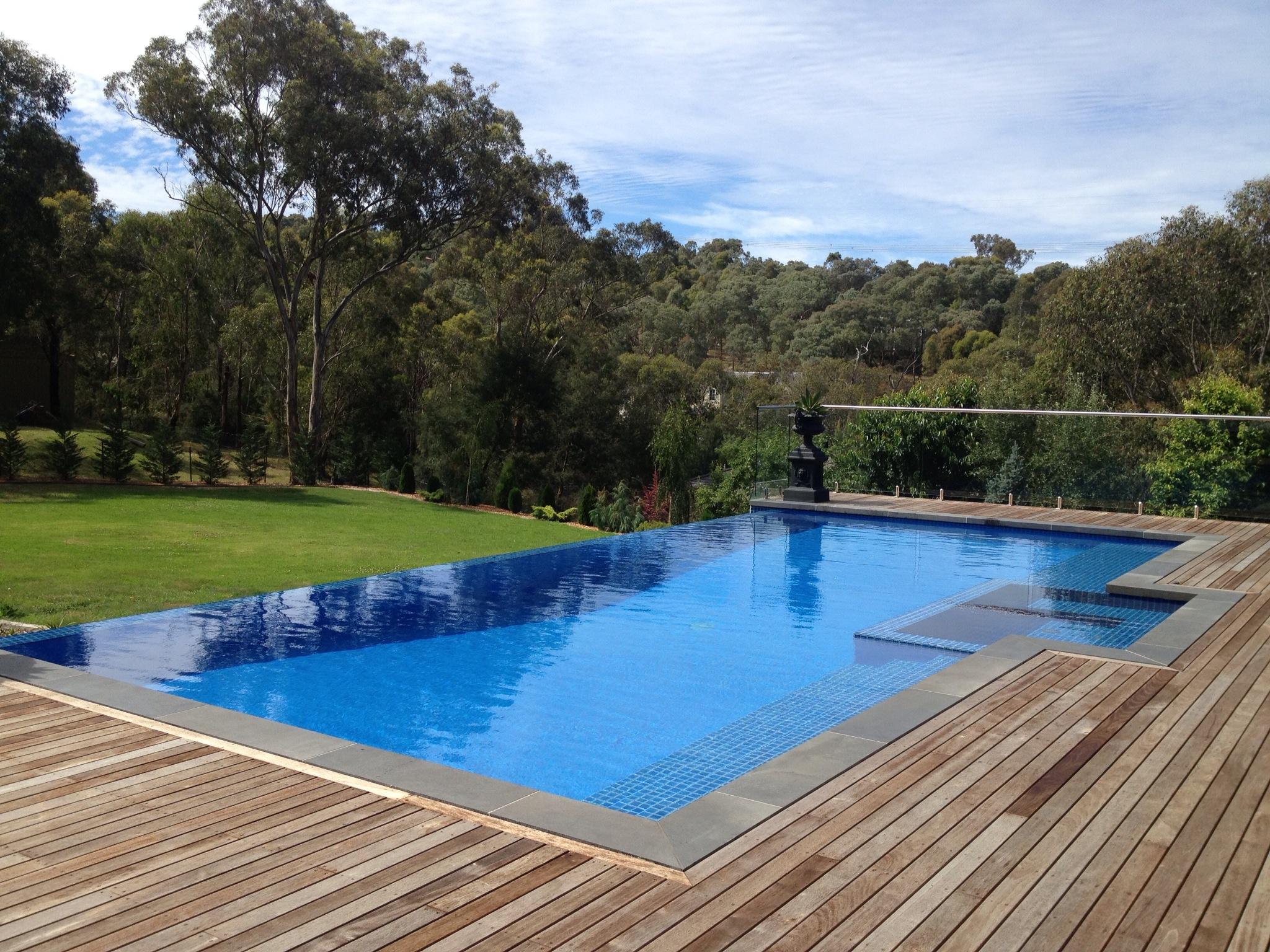 Impressive Infinity Pool Design No Edges No Boundaries