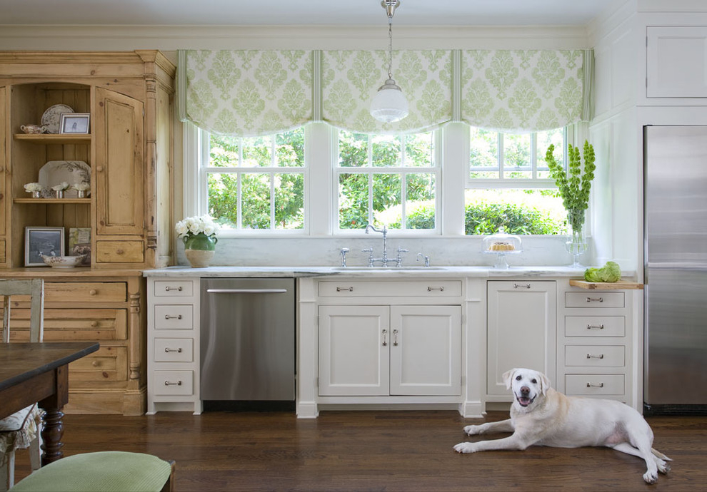 Kitchen Curtains For Triple Windows (Image 3 of 5)
