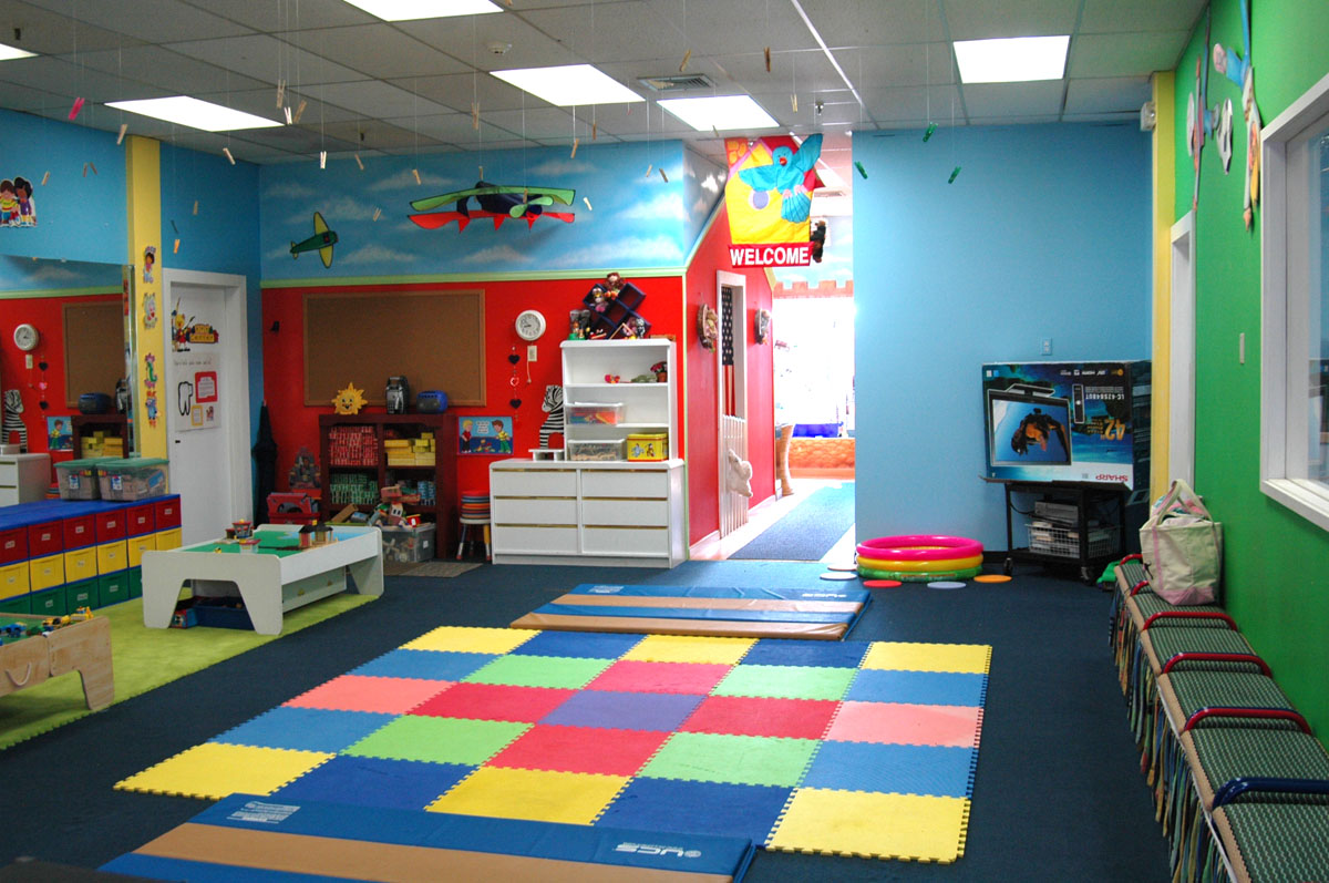 Large Playroom Designs (Image 4 of 10)