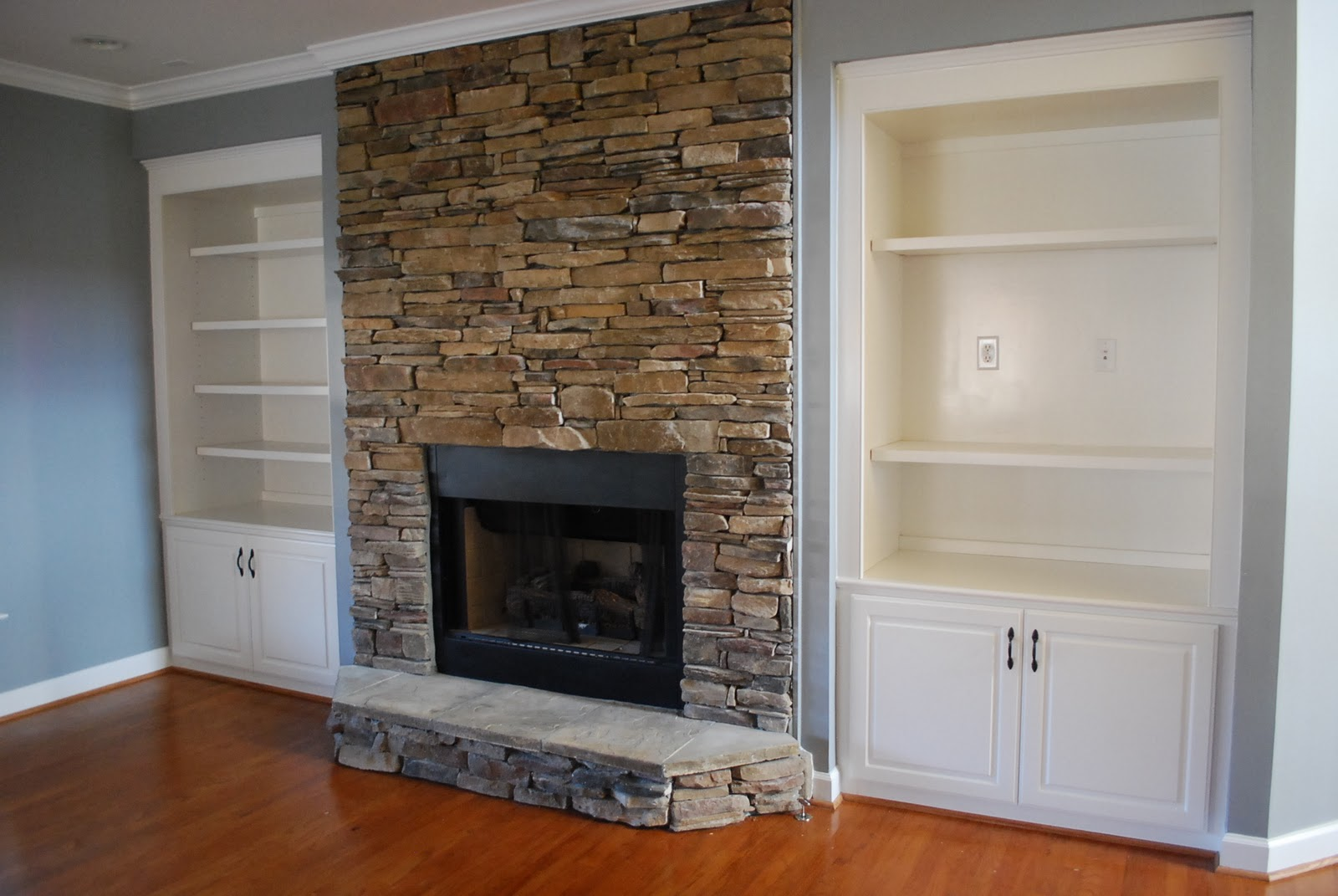 Living Room Amazing Stone Fireplace (Image 6 of 10)