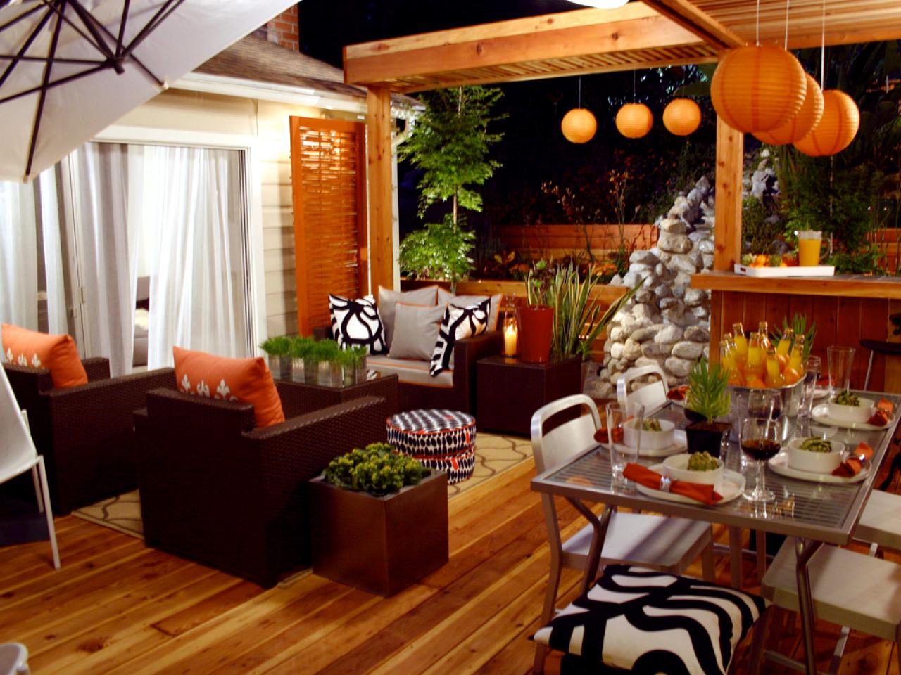 Living and Dinning Room Energetic Orange Home Decor