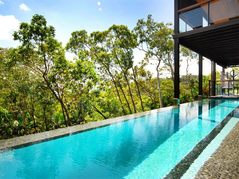 Plans infinity pool design no edges no boundaries 2960 for Pool edges design
