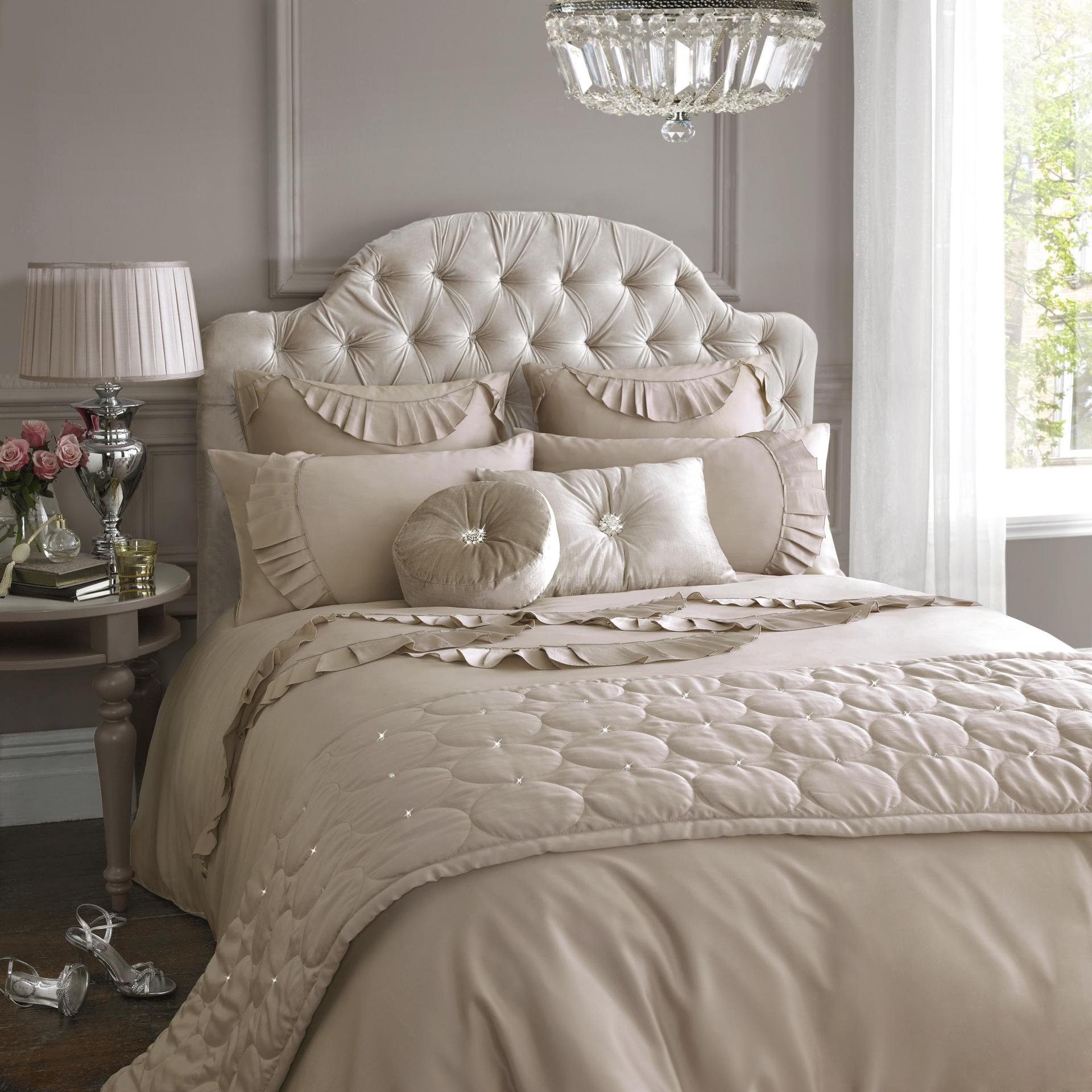 Luxurius Summer Spring Bedding Sets Designs (View 6 of 10)