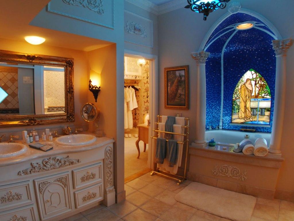 Luxurius Theme Accessories Home Decor (Image 9 of 10)