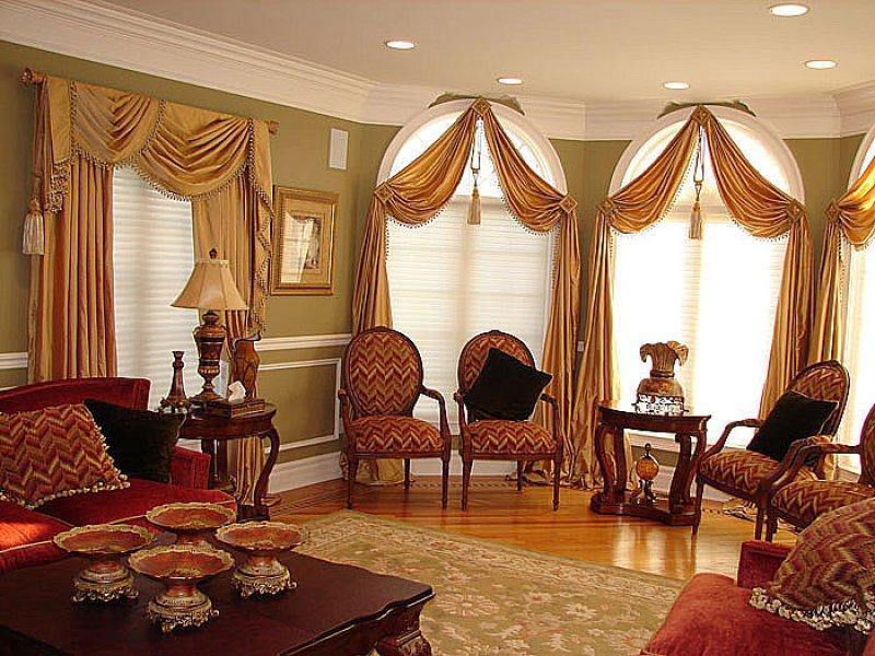 Majestic Large Windows In Living Room (Image 6 of 10)