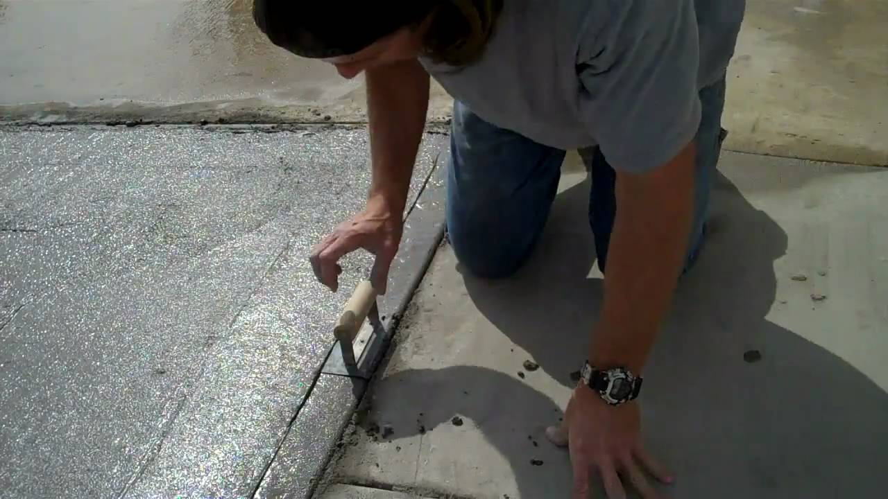 Manual Techniques to Pouring a Concrete Slab