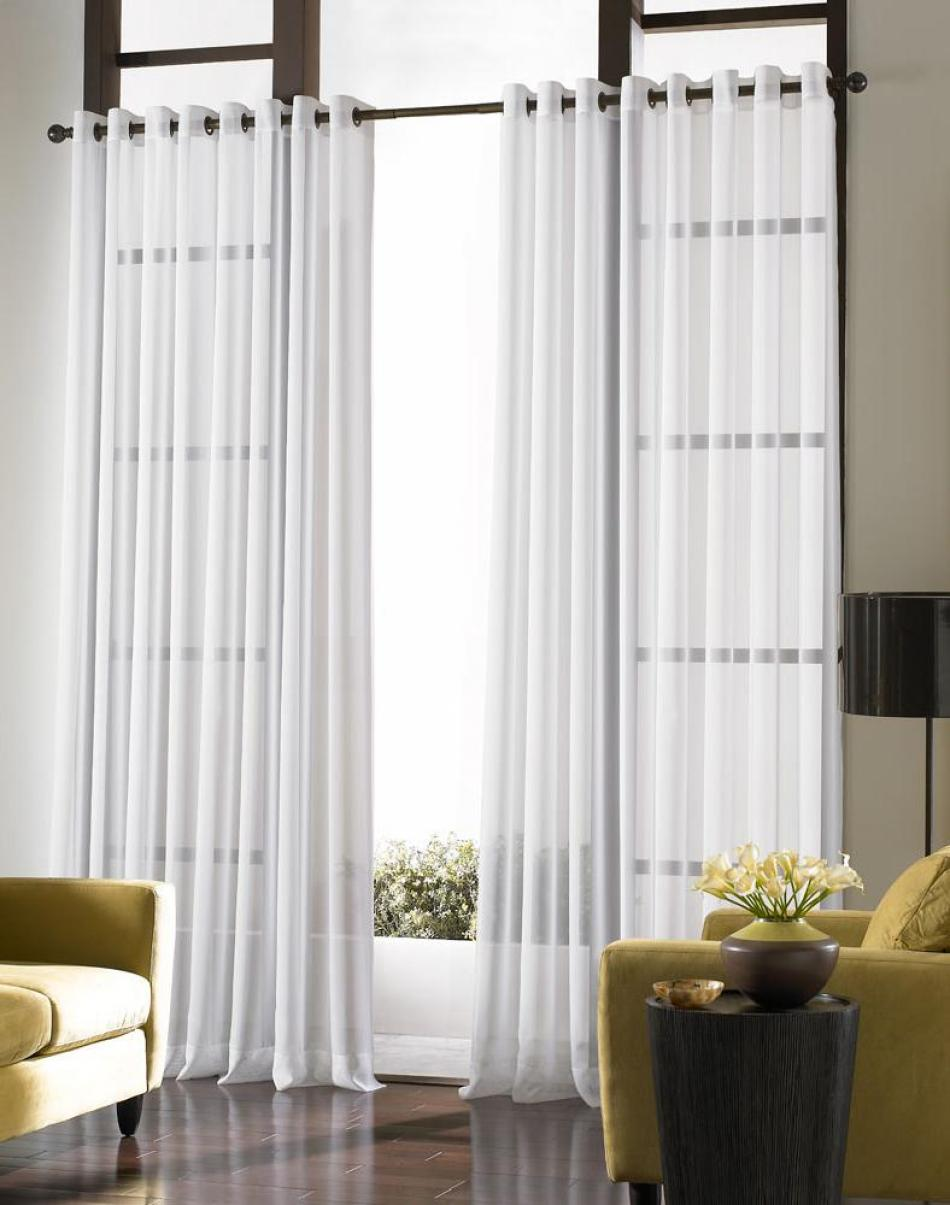 Modern Large Windows In Living Room (Image 8 of 10)