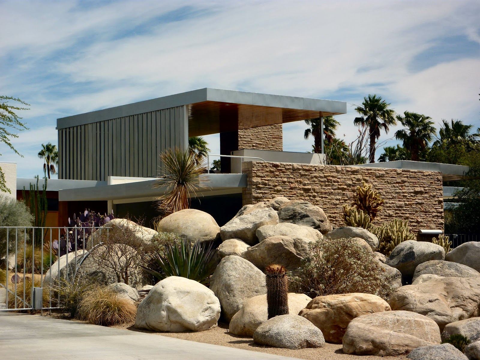 Palm Springs' Desert Modern Architecture