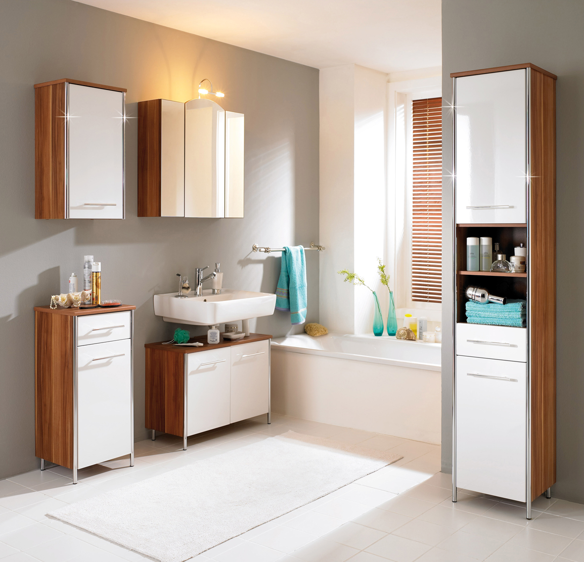 Retro Small Bathroom Ideas With Stunning Decoration (Image 12 of 20)