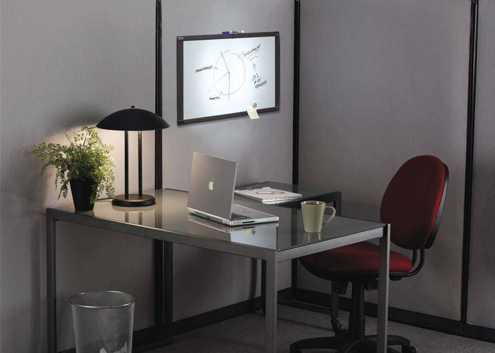 Simple Minimalist Home Office Decorating Ideas For Men (Image 9 of 10)