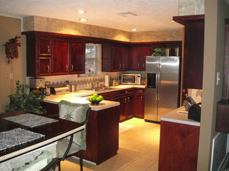 Simple Tips On Decorating Kitchen Interiors (View 7 of 10)
