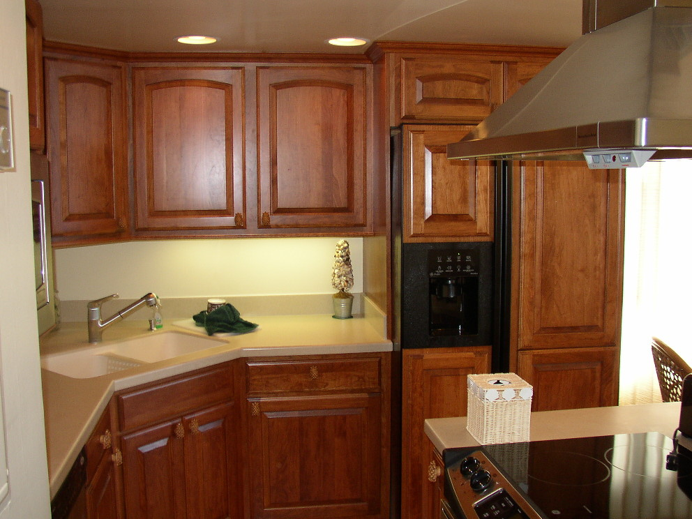 Small Kitchen Remodel Decoration (Image 1 of 10)