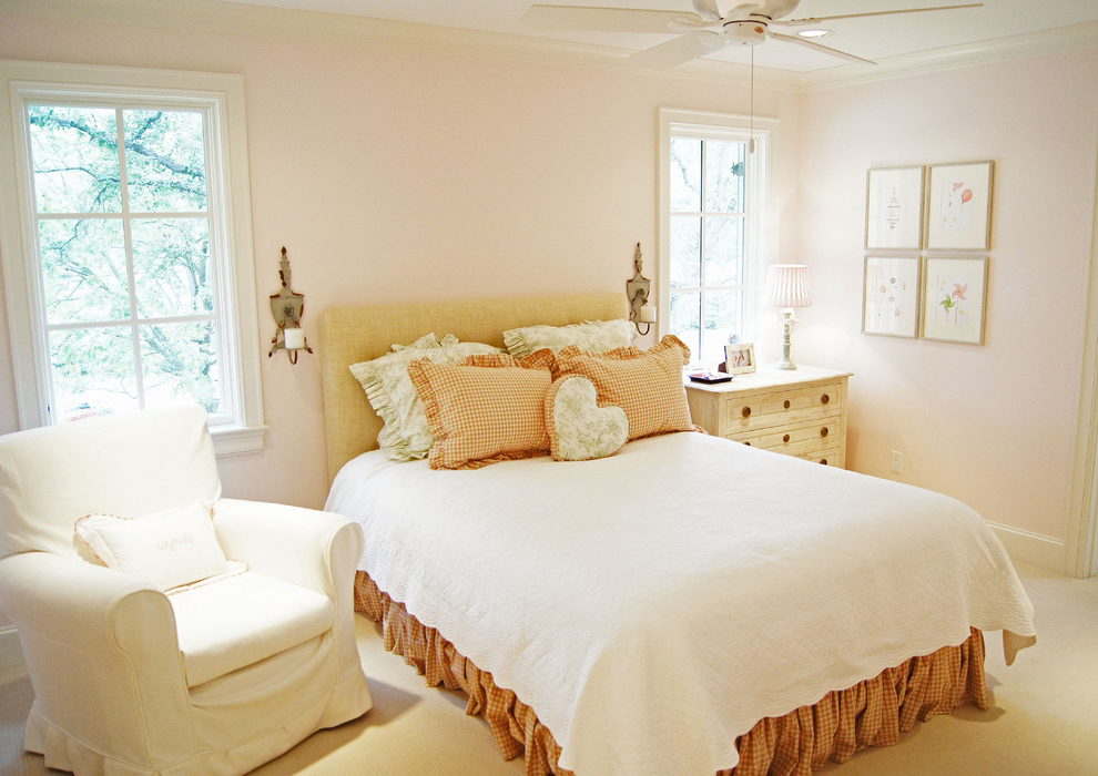 Traditional Bedroom Makeover for Romantic Look