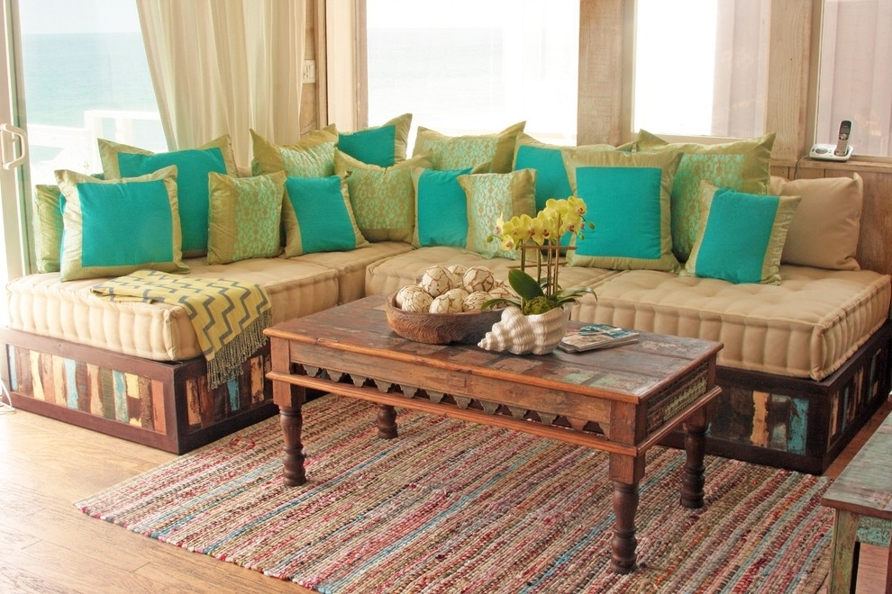 Traditional Sofa In Indian Style (Image 8 of 8)
