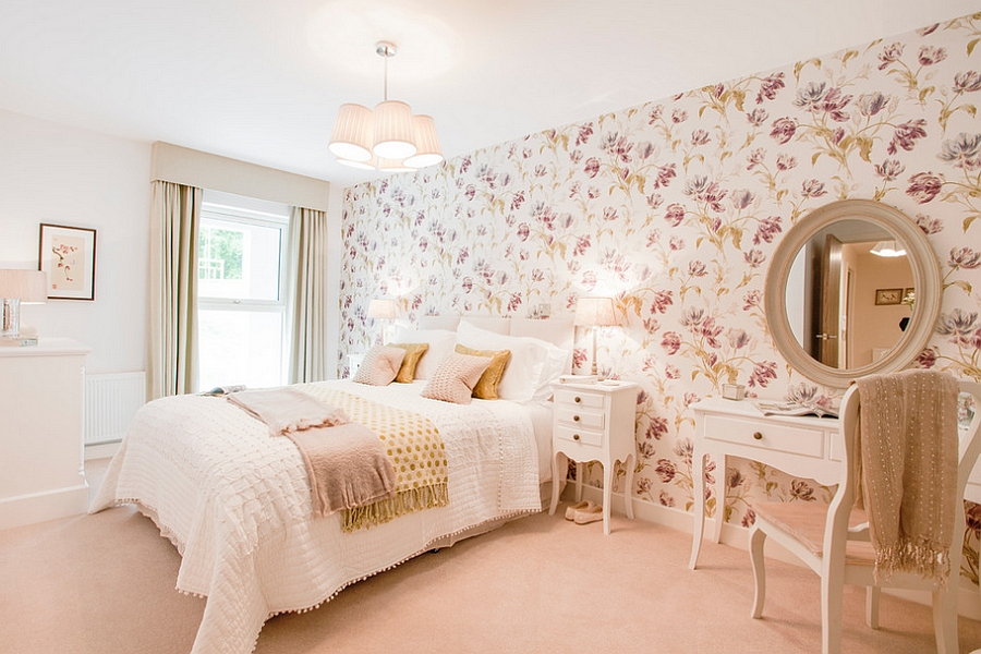 Trendy Bed Rooms With A Feminine Touch (View 10 of 10)
