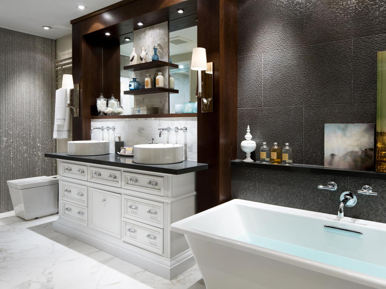 White Bathroom Remodeling Ideas (Image 10 of 10)