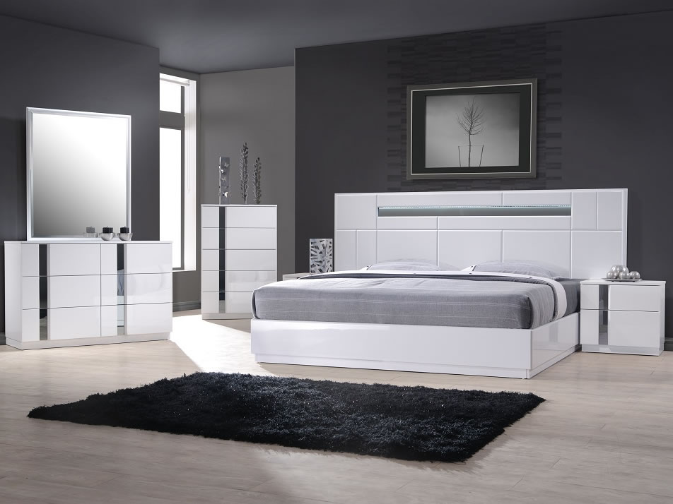 White Modern Platform Bed (Image 10 of 10)