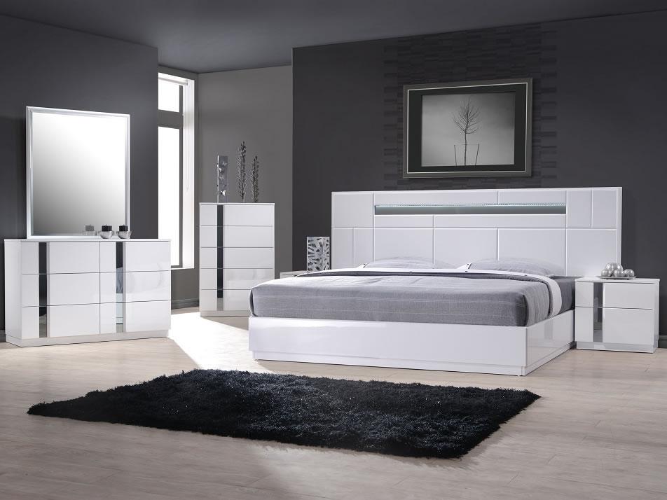White Modern Platform Bed