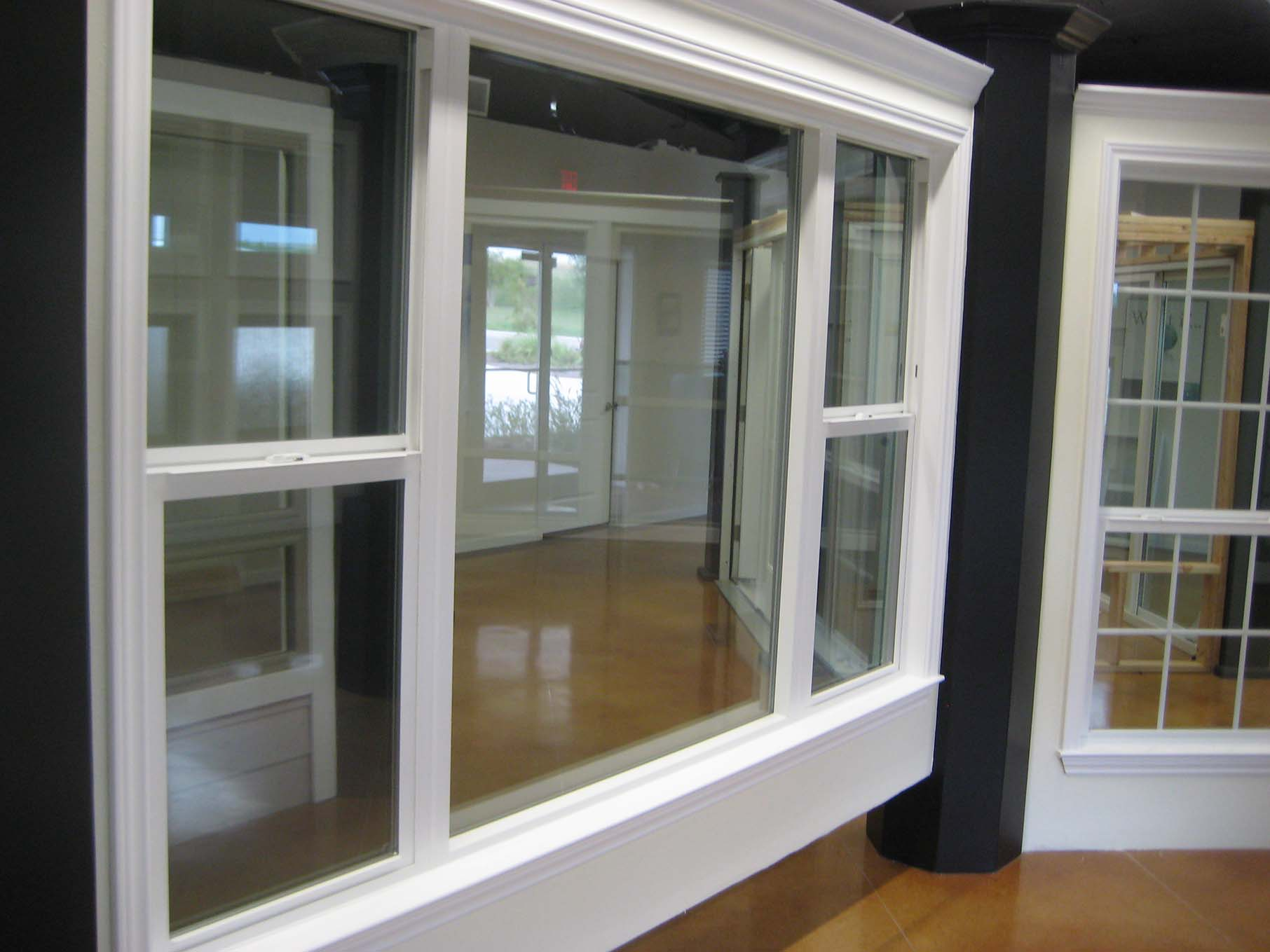 Drawings Of Single Hung Windows : Single hung vs double windows features custom home