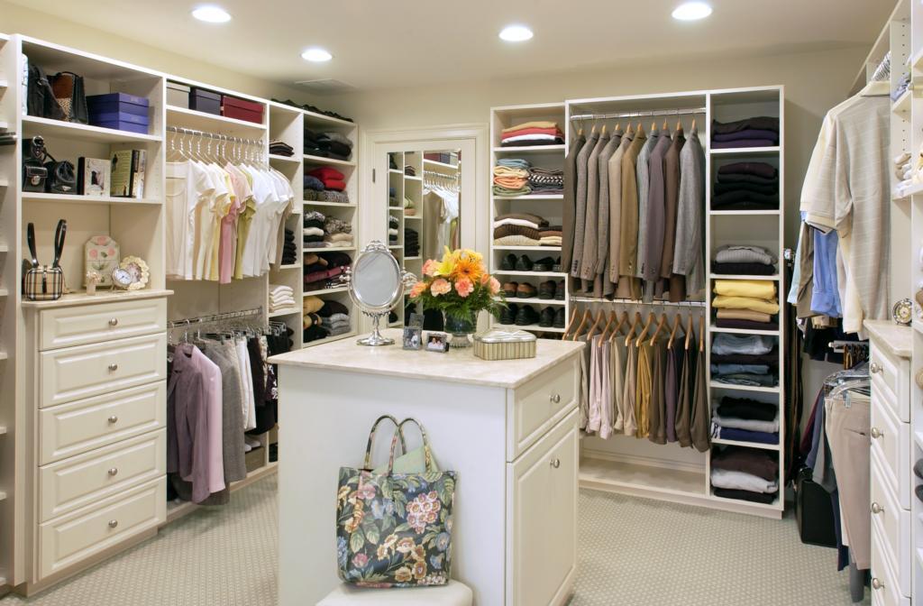 Woman Style Wardrobe Closet Common Types