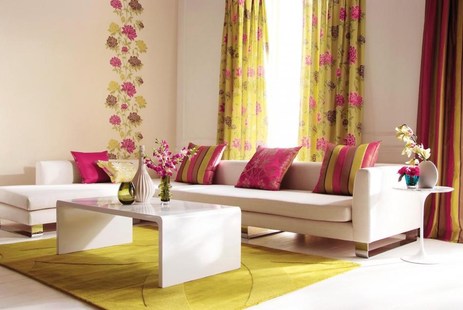Beautiful Living Room Curtains Ideas (Image 2 of 10)