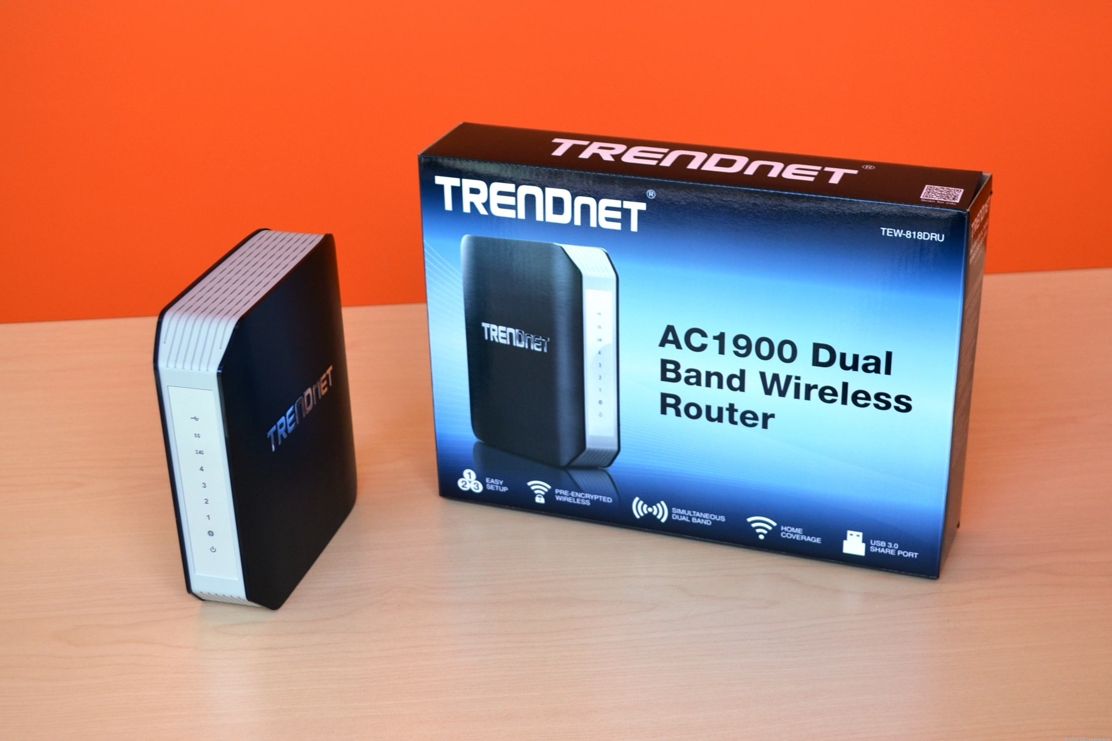 Rendnet AC1900 Dual Band Wireless Router (Image 6 of 10)