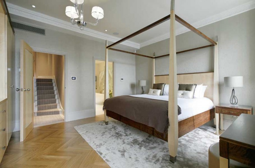Beautiful Queen Size Bed Dimensions Ideas (View 1 of 10)