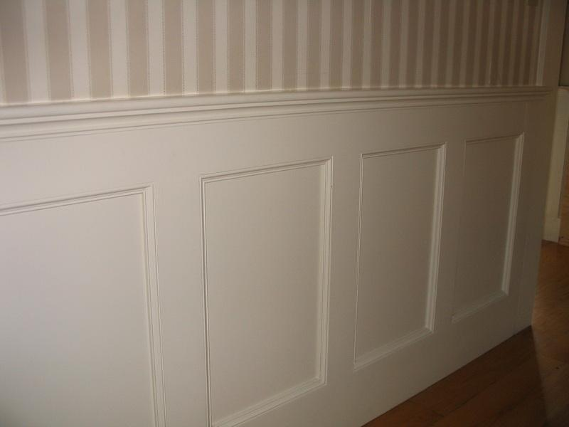 Best Installing Wainscoting Correctly (Image 1 of 10)