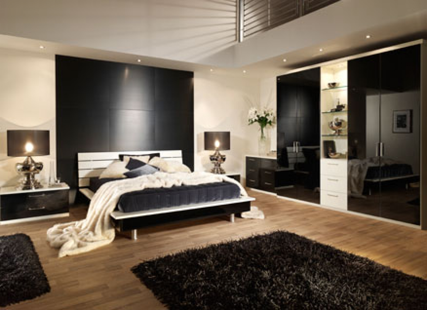Deluxe Queen Size Bed Dimensions Ideas (View 3 of 10)