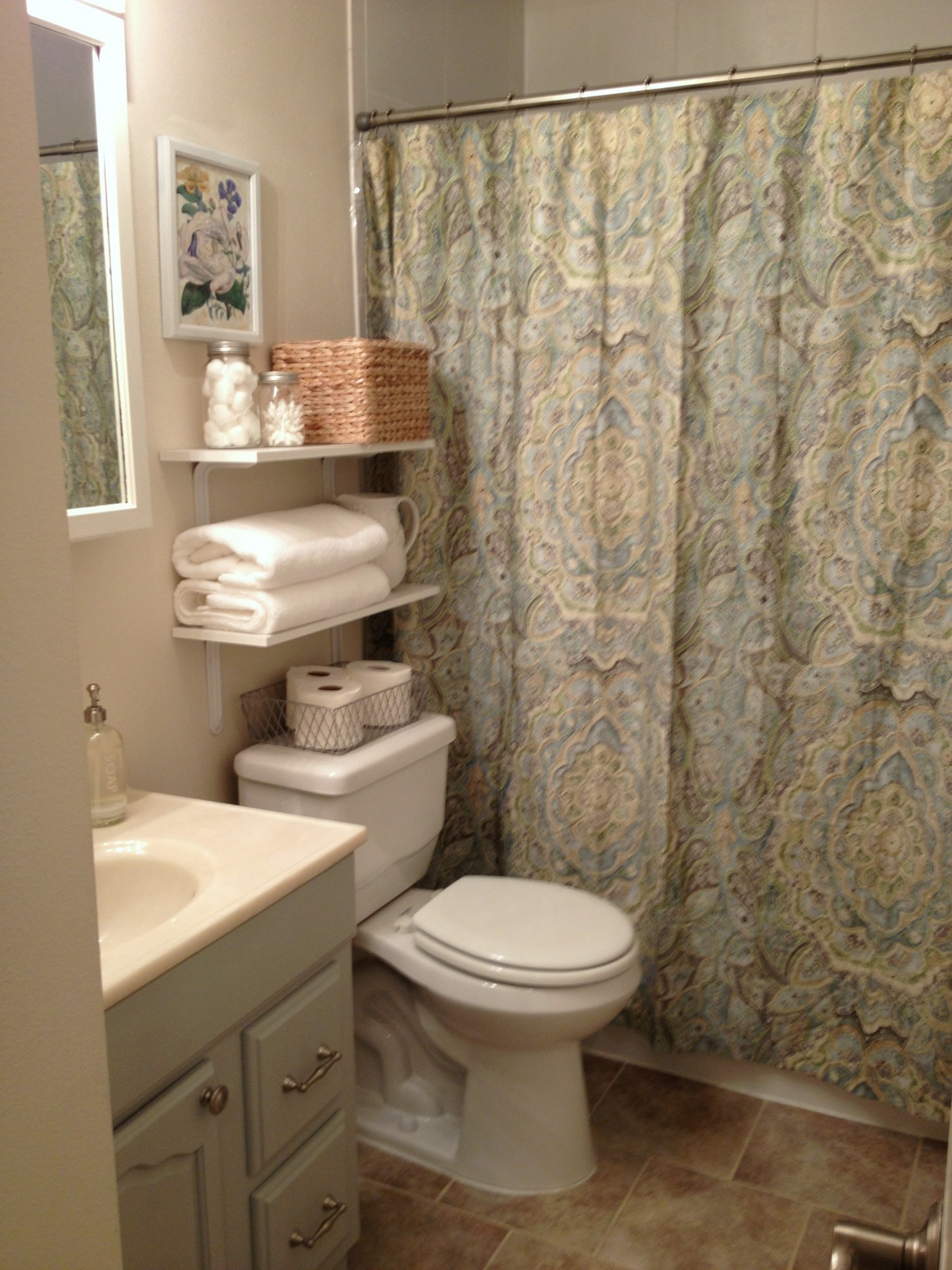 Flower Theme Bathroom Ideas For Small Spaces Design Ideas (View 3 of 10)