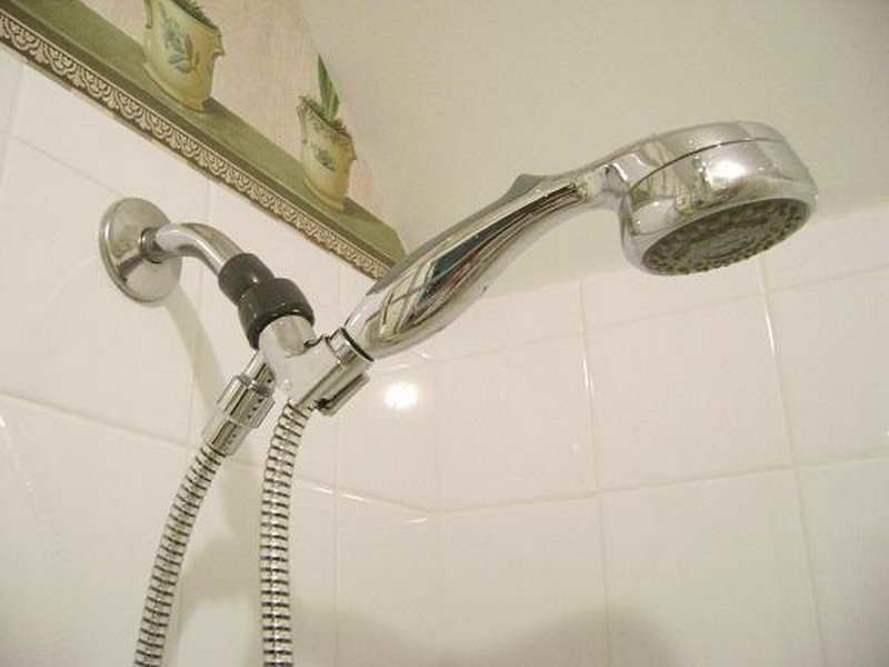 Featured Photo of The Special Ways To Fix A Leaky Shower