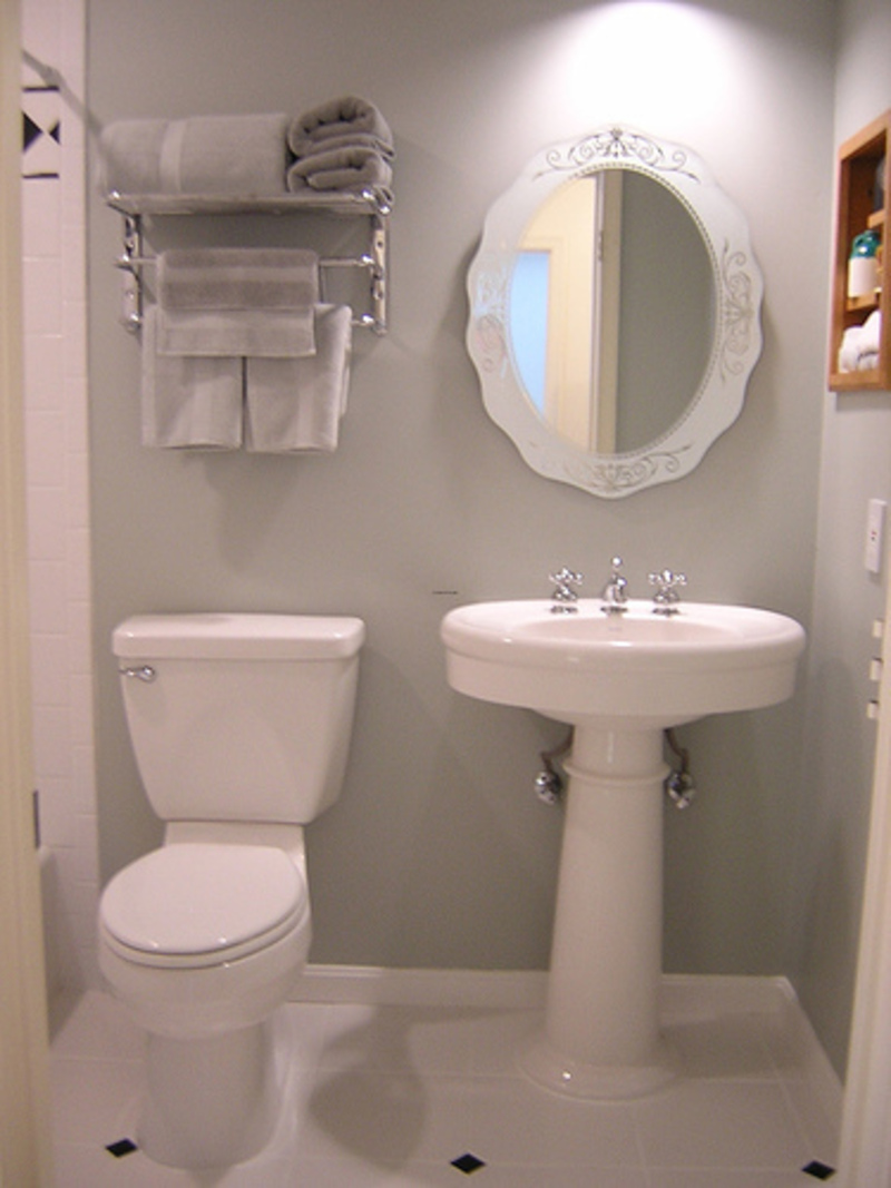 Neat White Bathroom Ideas For Small Spaces Design Ideas (View 8 of 10)