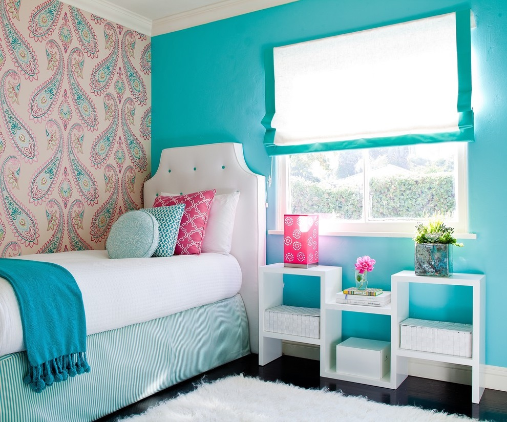 Contemporary Girl Bedroom in Blue Theme