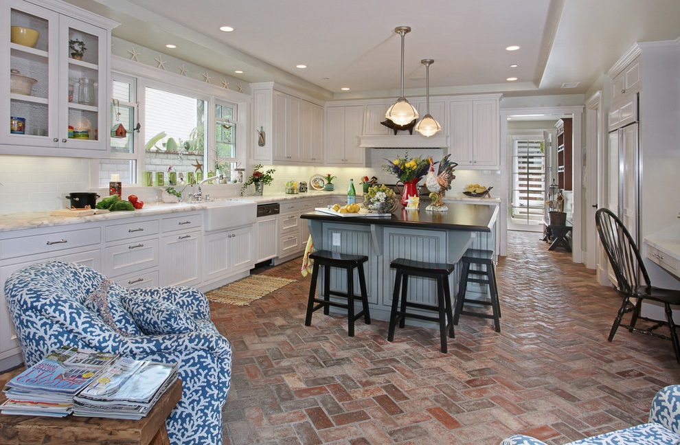 Country Kitchen Interior Furniture (Image 8 of 17)