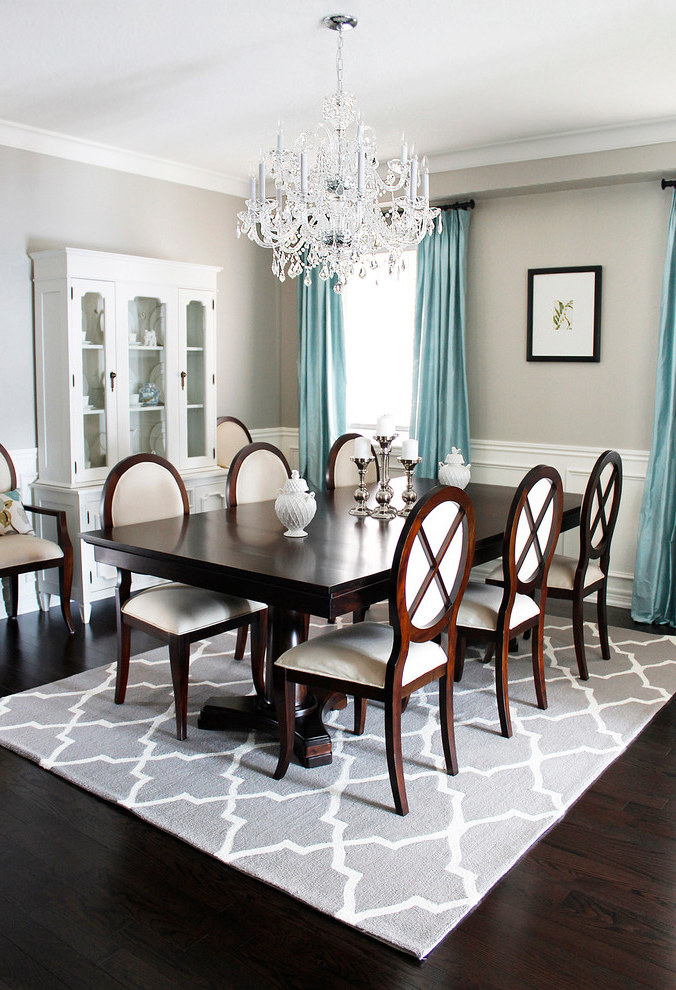 Crystal Chandelier For Traditional Dining Room (Image 9 of 19)