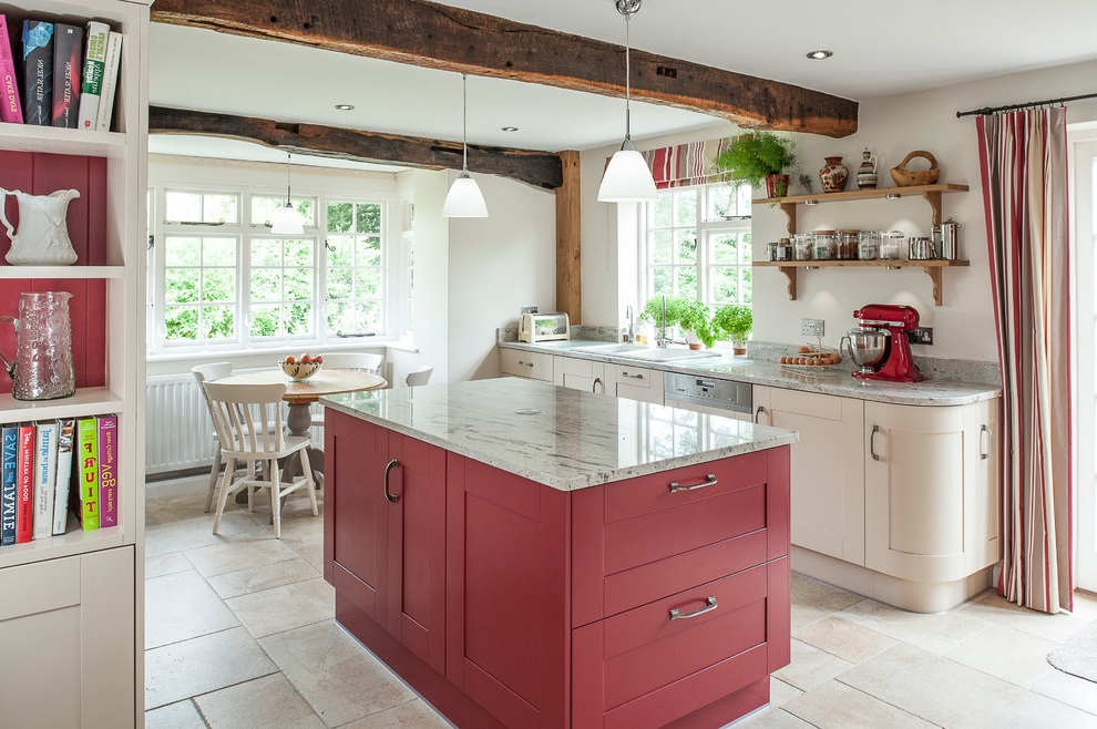 Farmhouse Country Kitchen Interior (View 14 of 17)