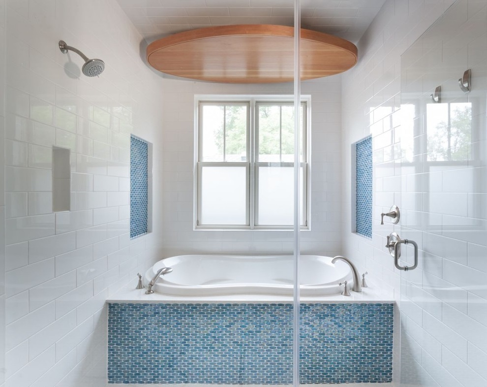 Ocean-Inspired Bathroom and Shower in Blue Color