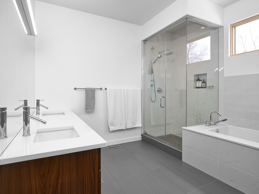 Warm Bathroom with Gray Ceramic Floor