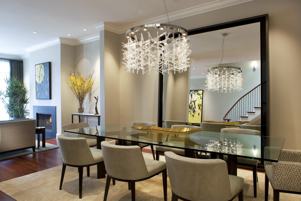 Glass Dining Room Table And Modern Furniture (View 15 of 19)