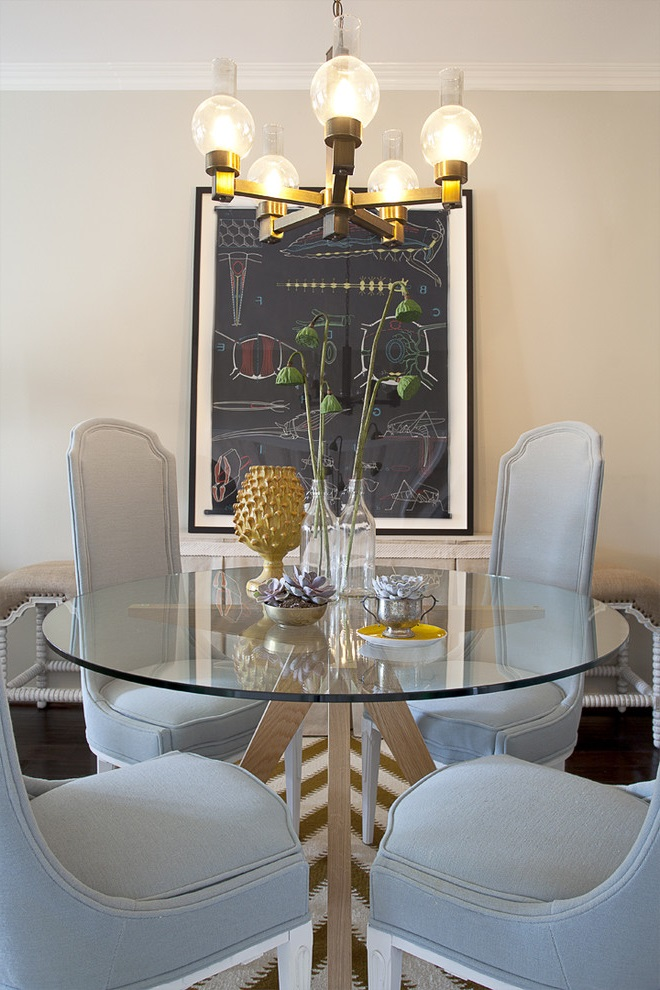 Round Dining Room Table In Wood And Glass With Elegant Chairs (Image 15 of 19)