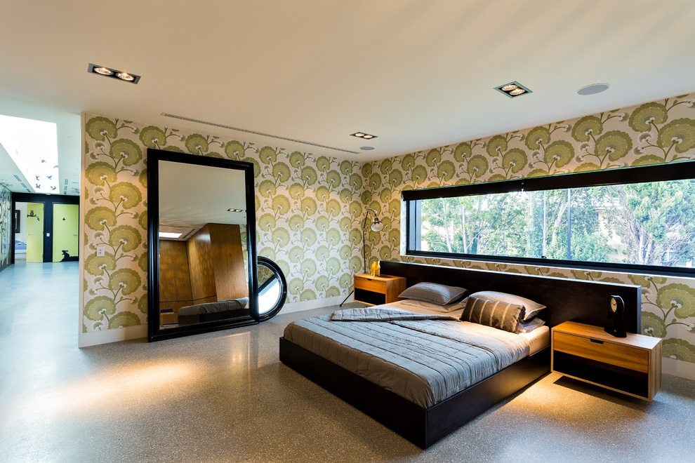 Green Modern Bedroom with Decorative Wall