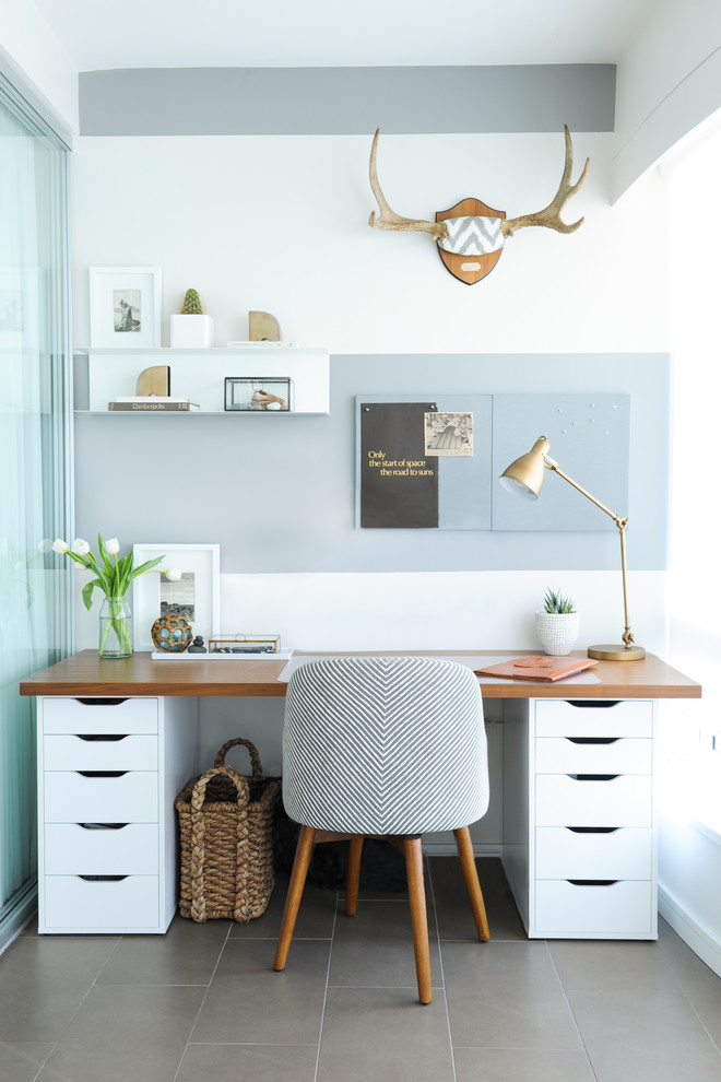 Transitional Home Office Decorating (View 12 of 13)