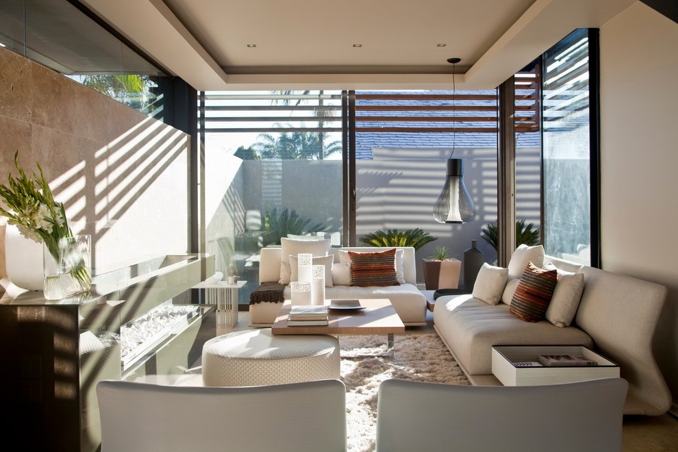 2016 Contemporary Living Room with Large Glass Windows for Bright Nuance