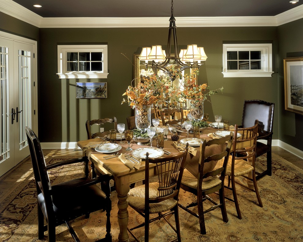 Intimate And Romantic Traditional Dining Area (Image 5 of 9)
