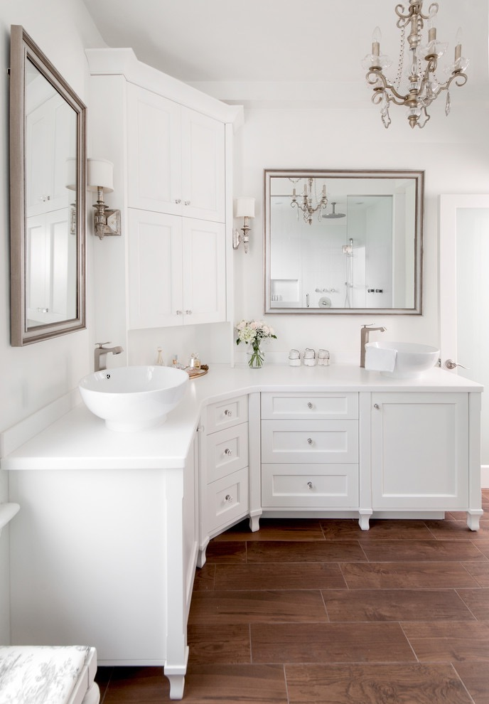 Classic Corner Bathroom Sink in White Color