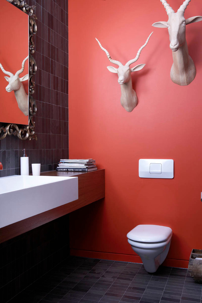Modern Bathroom with Animal Sculptural Wall Decor