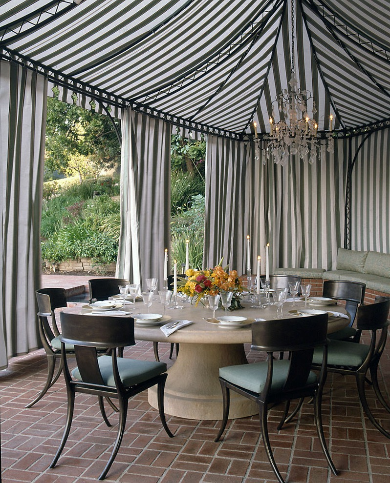 Simple Tent For Garden Wedding Party (Image 12 of 15)