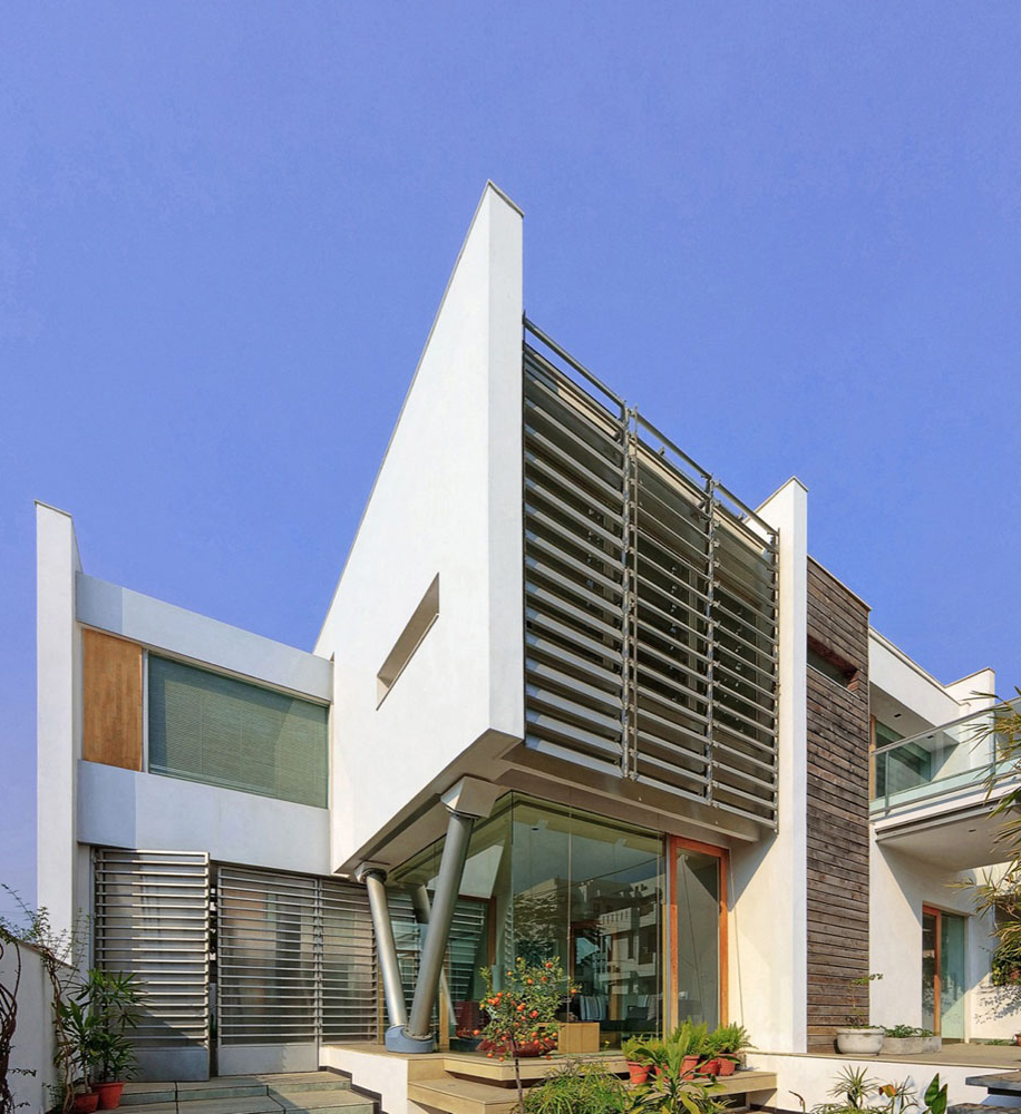 Marvelous modern architecture design with exterior railing for V shaped architecture